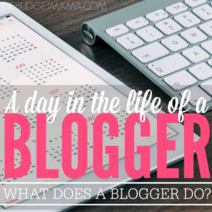 What Does a Blogger Do?